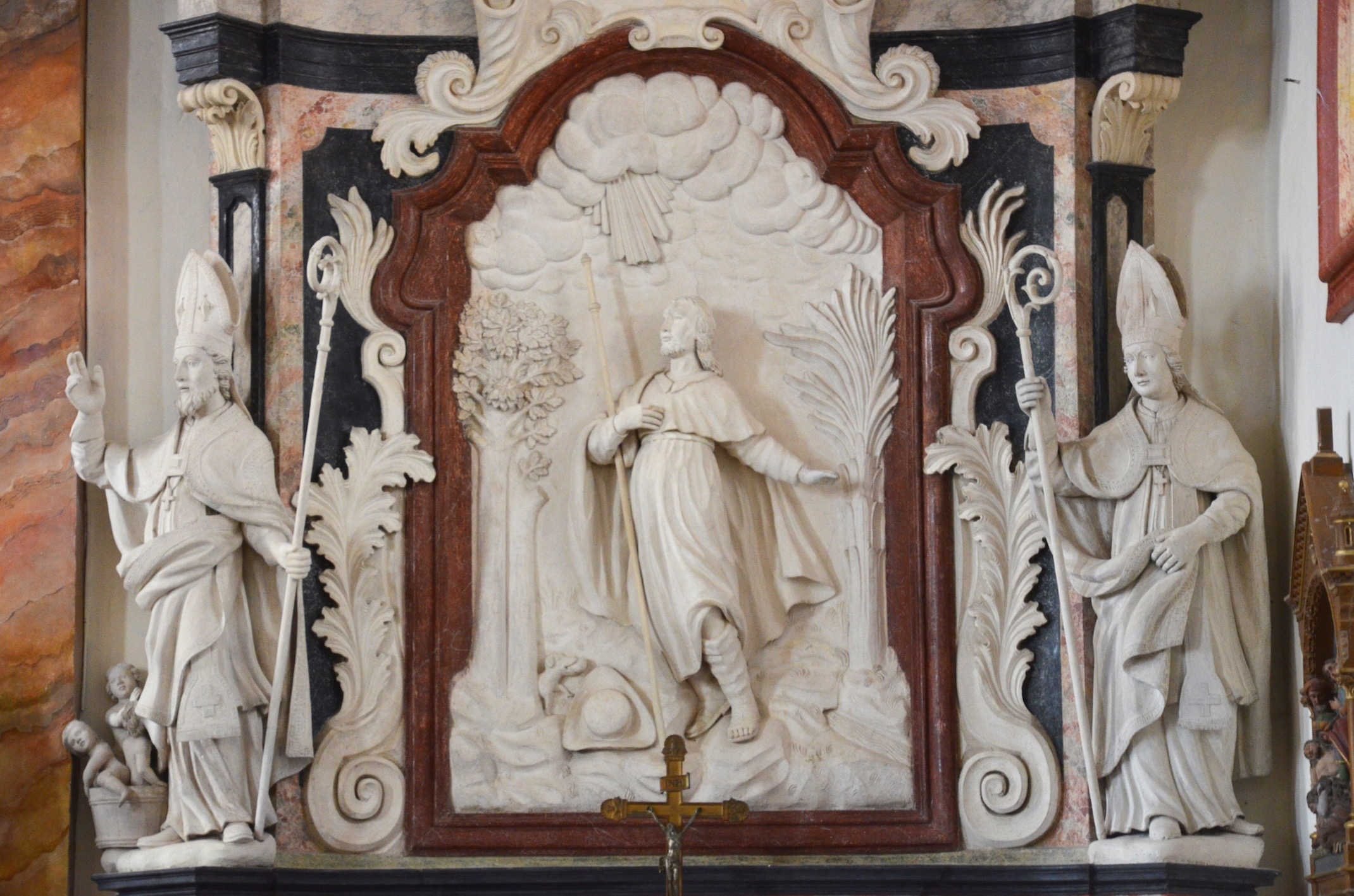 le-retable-de-la-chapelle-laterale-droite-detail