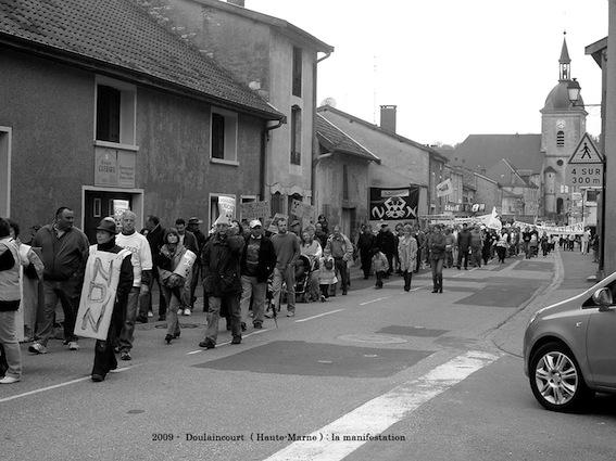 manifestation-anti-nucleaire-de-doulaincourt-le-18-04-09